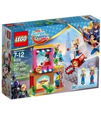 Lego DC Super Hero Girls Харли Квинн спешит на помощь 41231