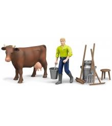 Ферма Bruder с коровой, рабочим и аксессуарами 62-605