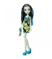 Кукла пижамная вечеринка Фрэнки Штейн Monster High DPC42