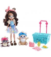Кукла Enchantimals Сказки на ночь Брэн Пикник на природе FCC64