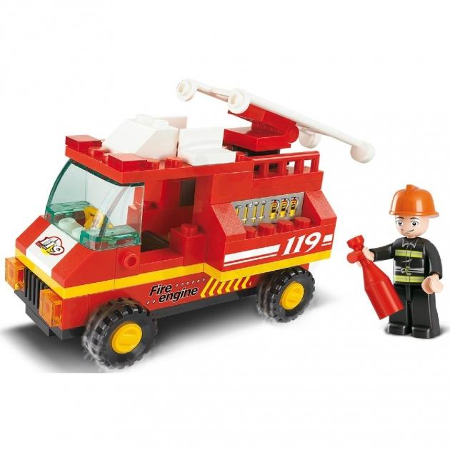 Конструктор город пожарная машина 74 детали Sluban Г35985