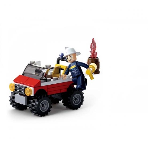 Конструктор с фигуркой пожарный джип 58 деталей Sluban M38-B0621