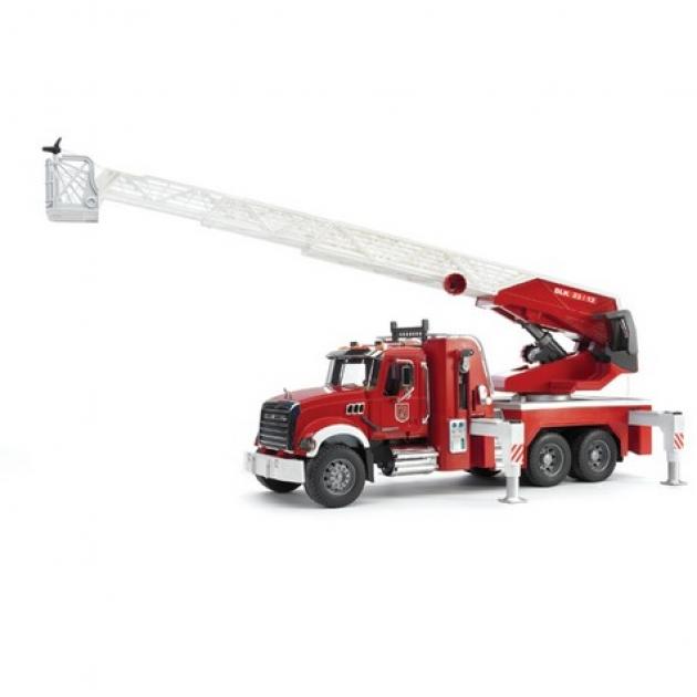 Пожарная машина MACK с выдвижной лестницей и помпой Bruder (Брудер) (Арт. 02-821, 02821)