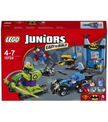 Lego Juniors Бэтмен и Супермен против Лекса Лютора 10724...