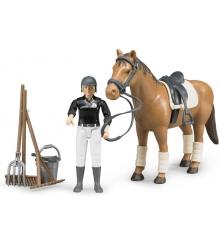 Фигурка всадница Bruder на лошади с инструментами 62-505...
